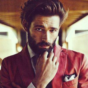 farsi crescere la barba